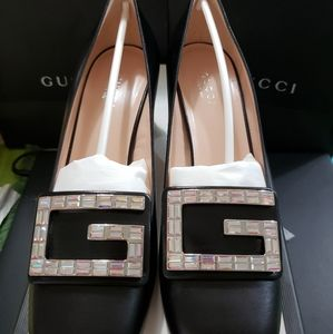 Gucci leather mid-heel pump shoes w/crystal G, 7